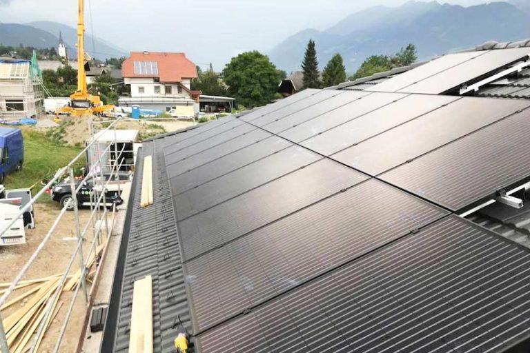 Solar und Photovoltaik Dach - Installation vor Ort von Zraunig & Reschreiter in Spittal Oberkärnten