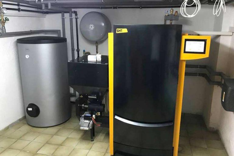 Heizungsanlage Installation Heizraum - Heizungsexperte Zraunig & Reschreiter